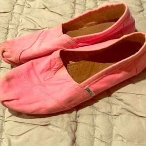 Neon Pink TOMS shoes